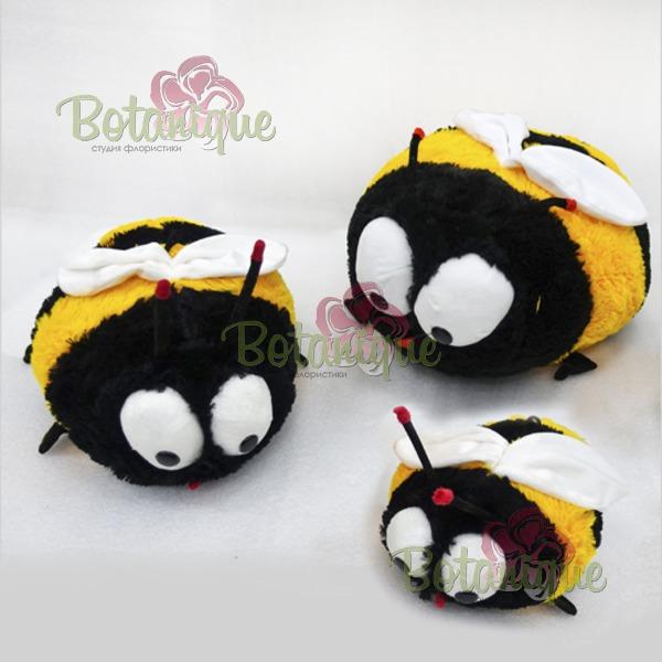 Пчелка большая
