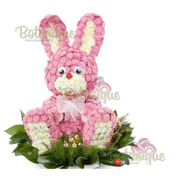 Заяц из хризантем
