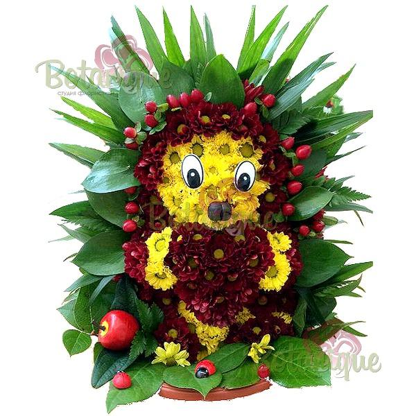 Ежик из хризантем